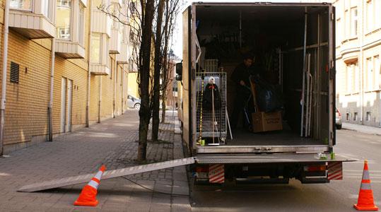 En flyttfirma som flyttar